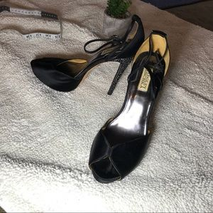 Badgley Mischka Black Platform Satin Gem Heels Sz9